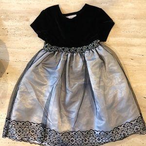 Holidays dress- little girl size 6x